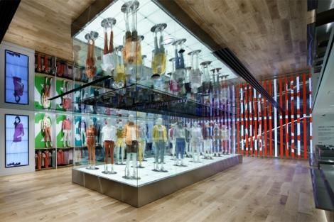 Uniqlo-flagship-store-by-Wonderwall-Tokyo